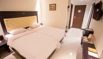 Deluxe_Room_Twin_Bed