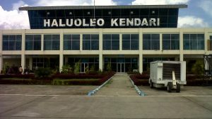 Haluleo Airport