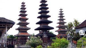 meru-temple-lombok-island
